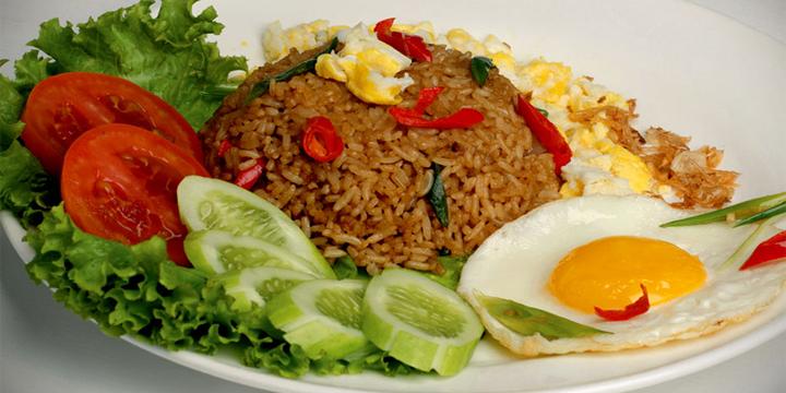 Resep Nasi Goreng Spesial Pakai Telur Mantap Lezatnya